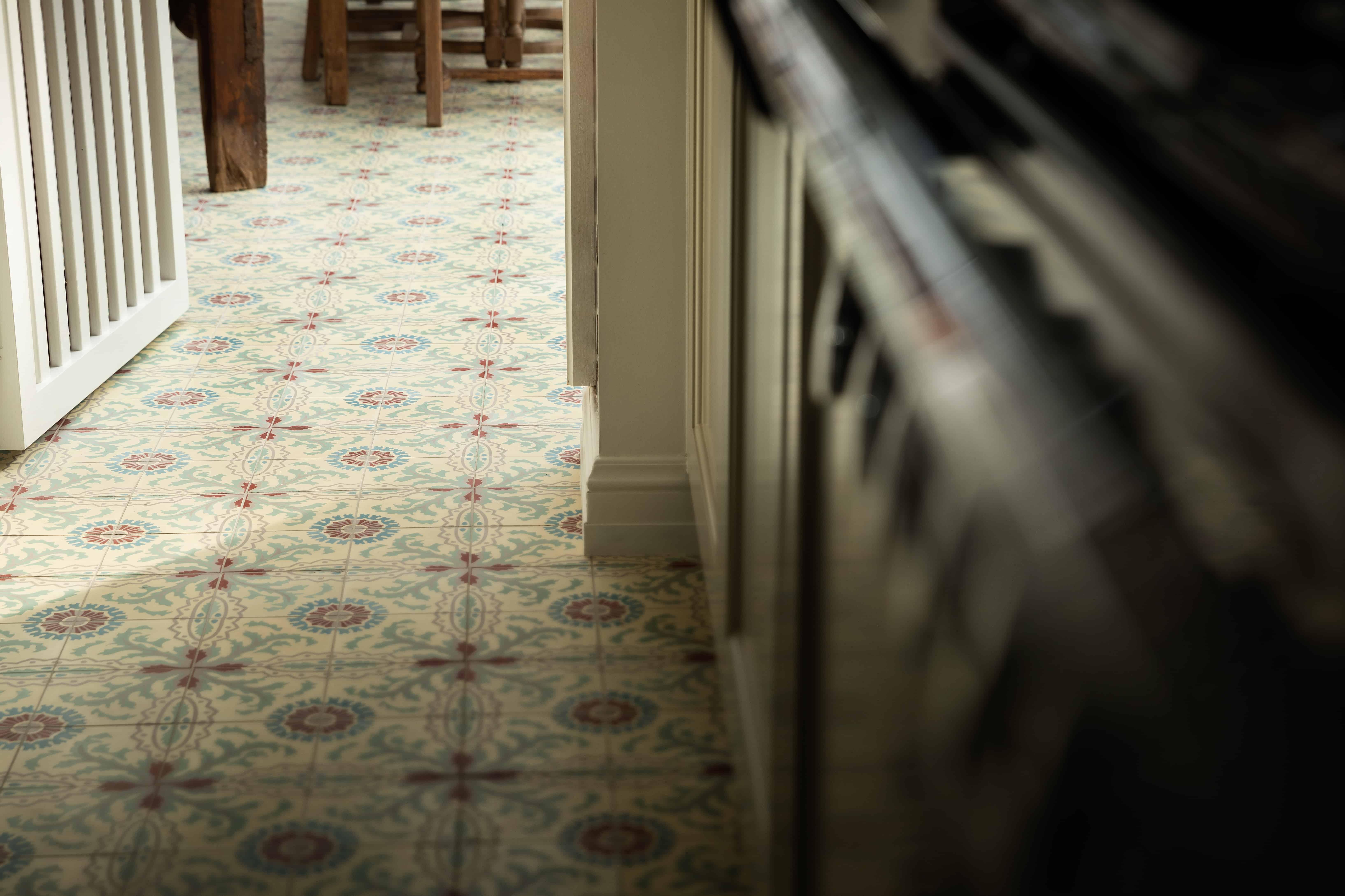 Kleine tegels met originele print - Roeselare