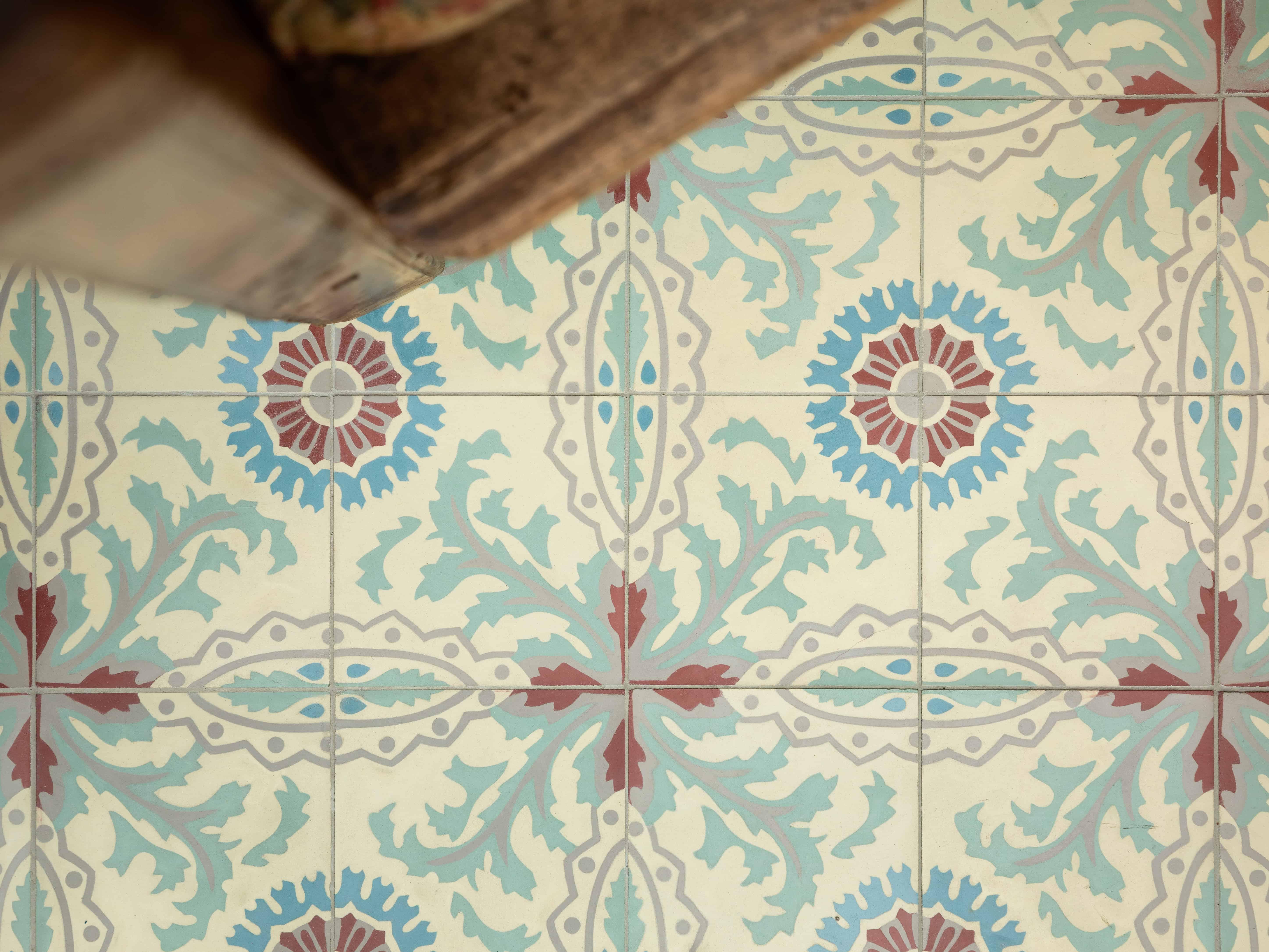 Kleine tegels met origineel retro patroon - gezellig