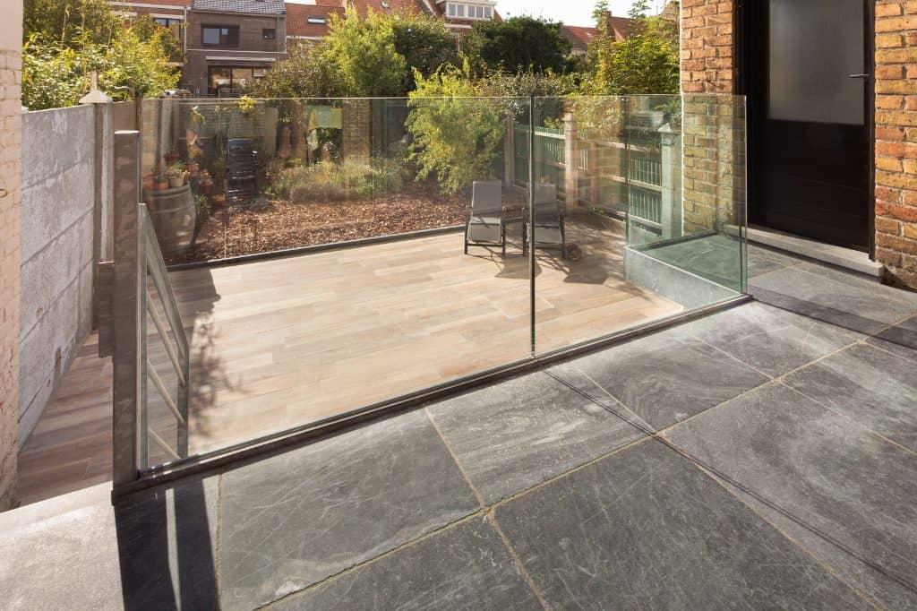 Terras met natuursteen tegels - Leisteen