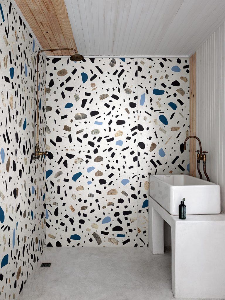 Terrazzo en granito - gebruik van XXL platen in douche
